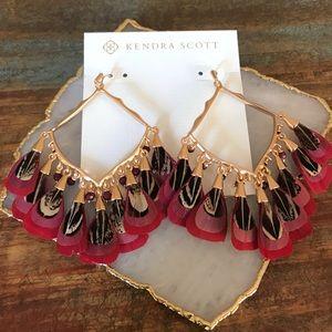 NWT Kendra Scott Raven Earrings